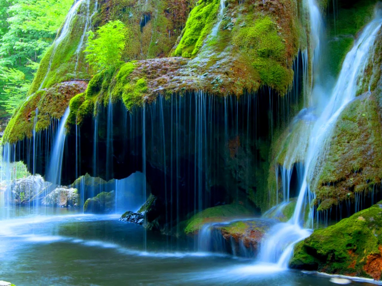 Falls Hd Wallpaper Free Download Bigar Cascade Falls Beautiful Waterfall In Caras Severin