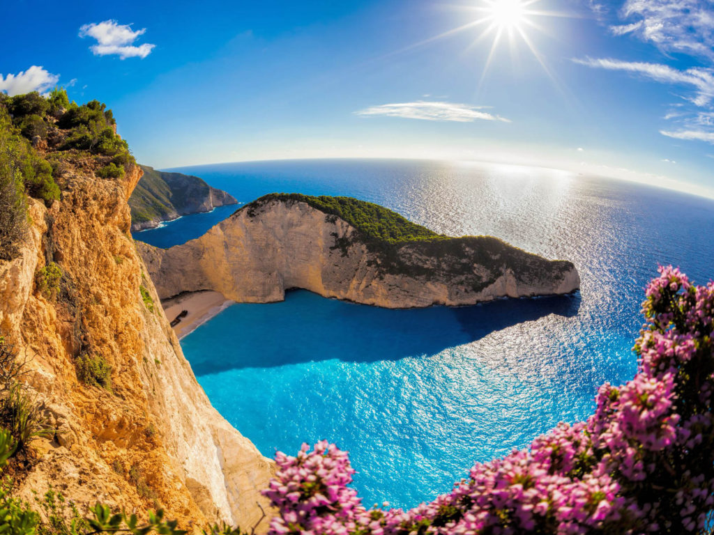 Uf Iphone Wallpaper Zakynthos Island In The Ocean In Greece Navajo Beach Sea