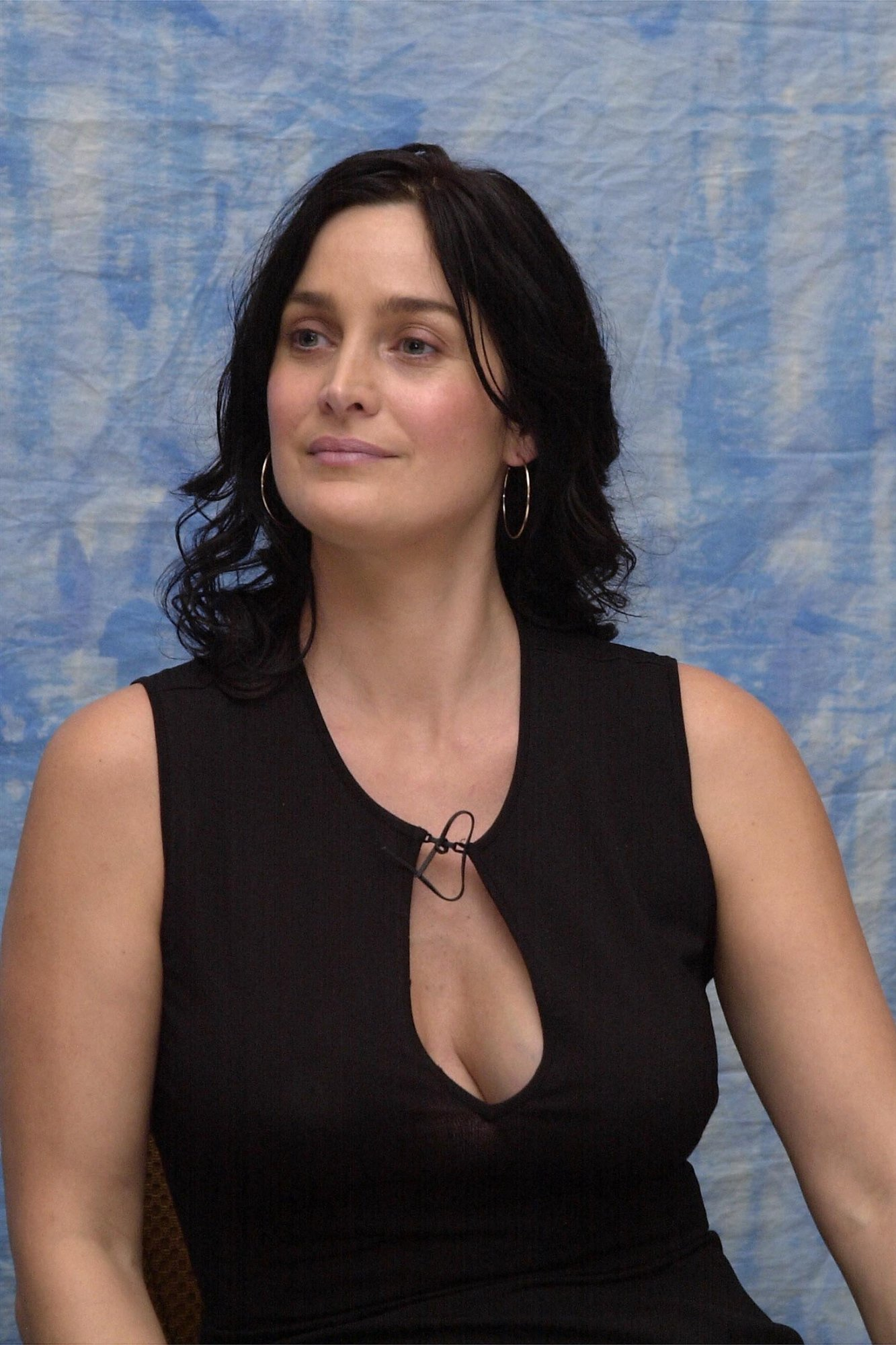 Mobile Hd Wallpapers Quotes Carrie Anne Moss Alchetron Hd Wallpapers