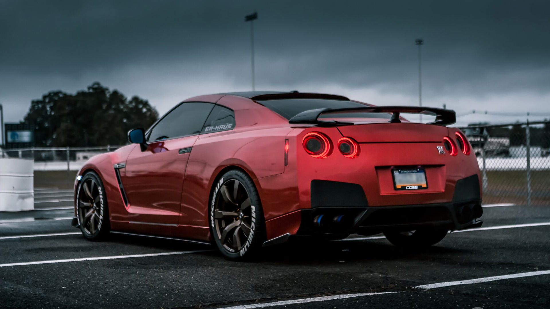 3d Wallpaper For Htc M8 Download Red Nissan Gtr Wallpaper Gallery