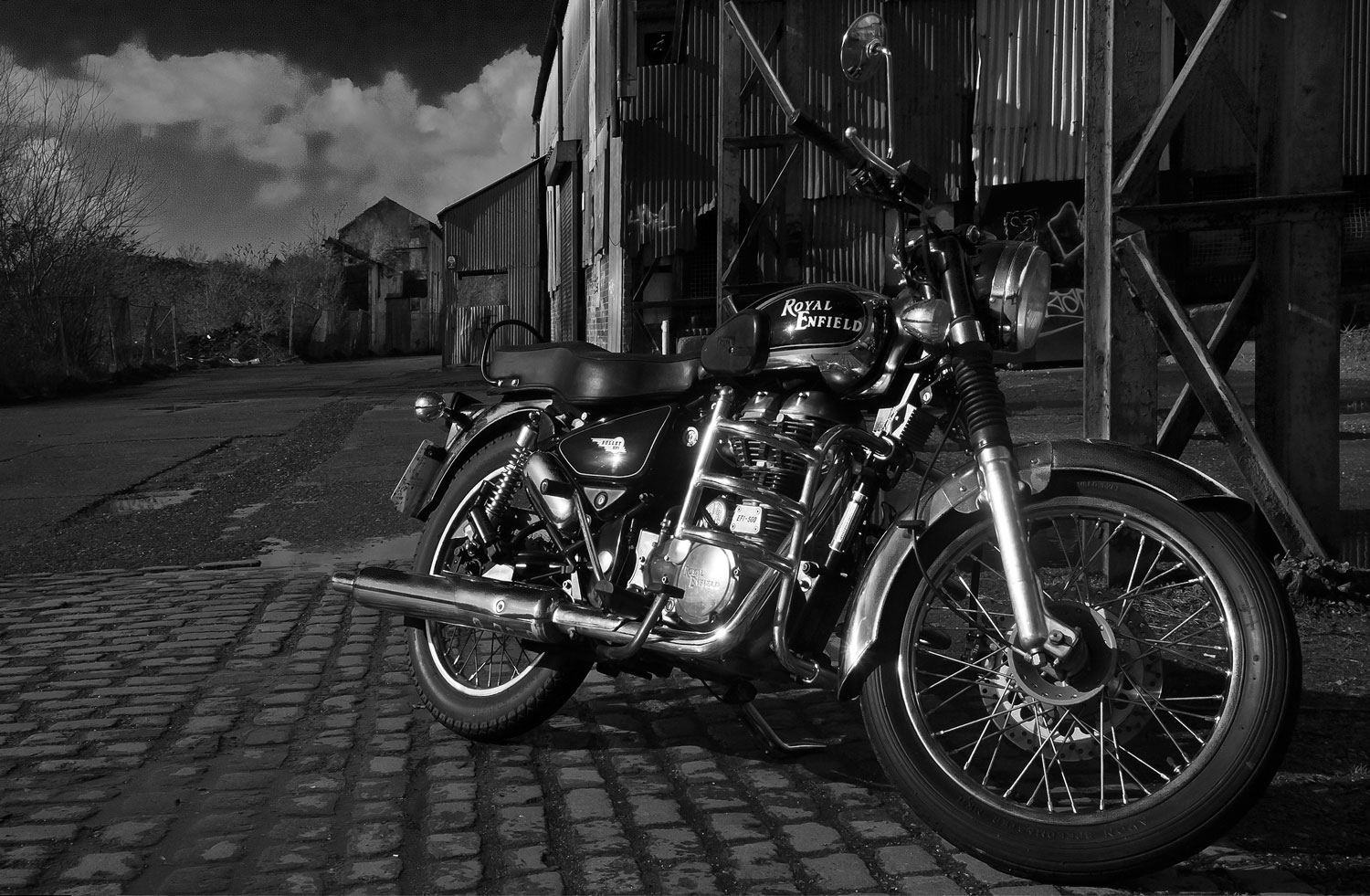 3d Wallpaper Mobile9 Download Download Royal Enfield Images Wallpapers Gallery