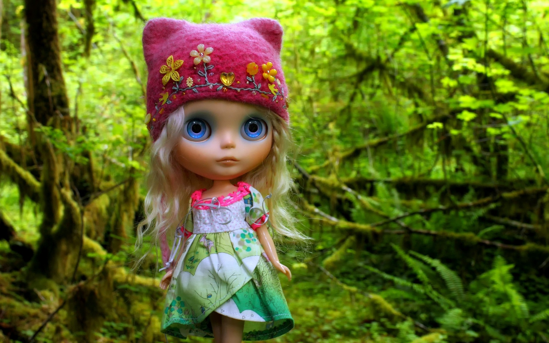 Cute Wallpaper Images For Dp Doll Toy Wood Hair Hat Cap Toys Girl Girls Wallpaper