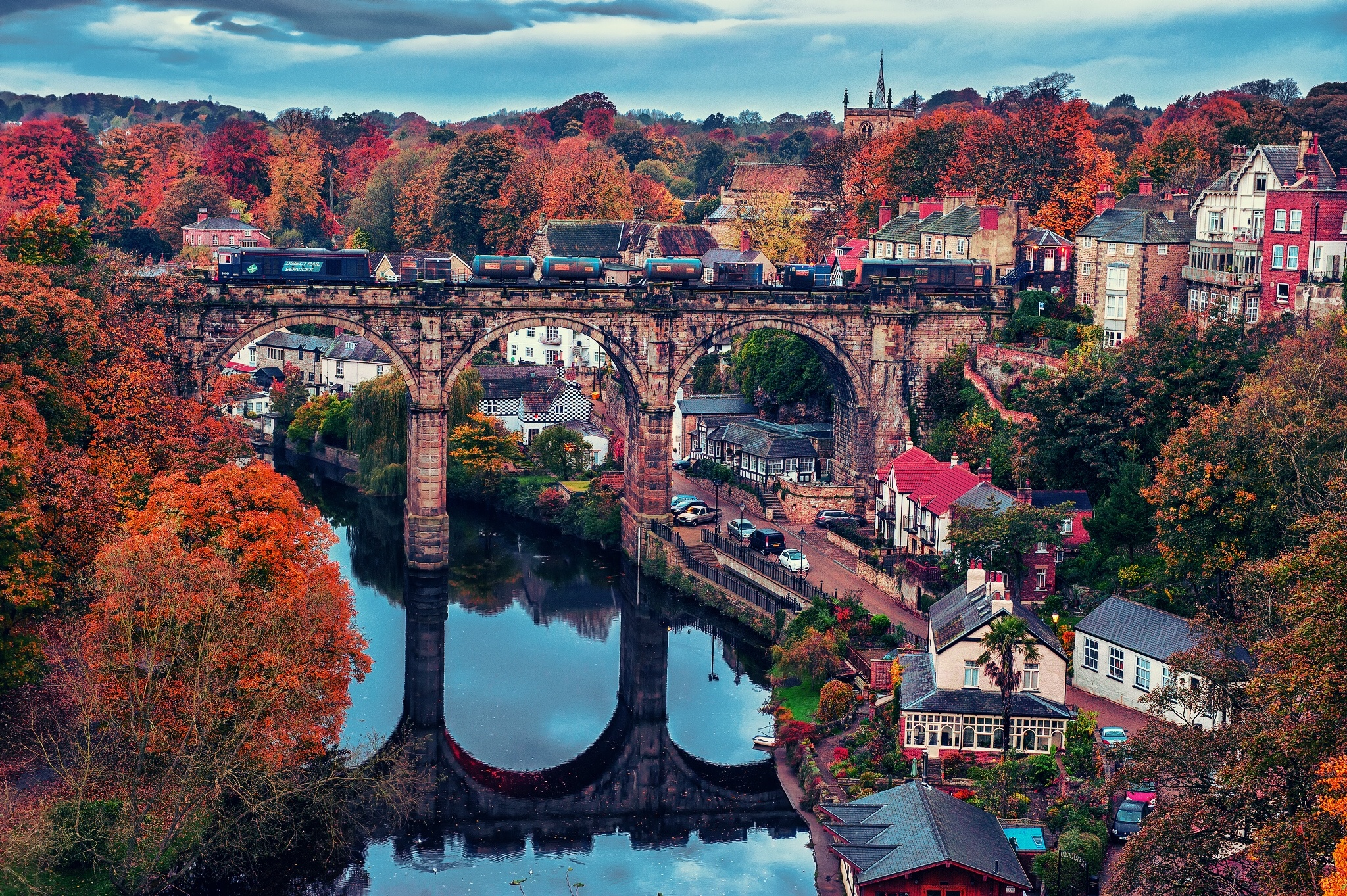 Fall Facebook Wallpaper River Nidd Knaresborough England Bridge Train Fall