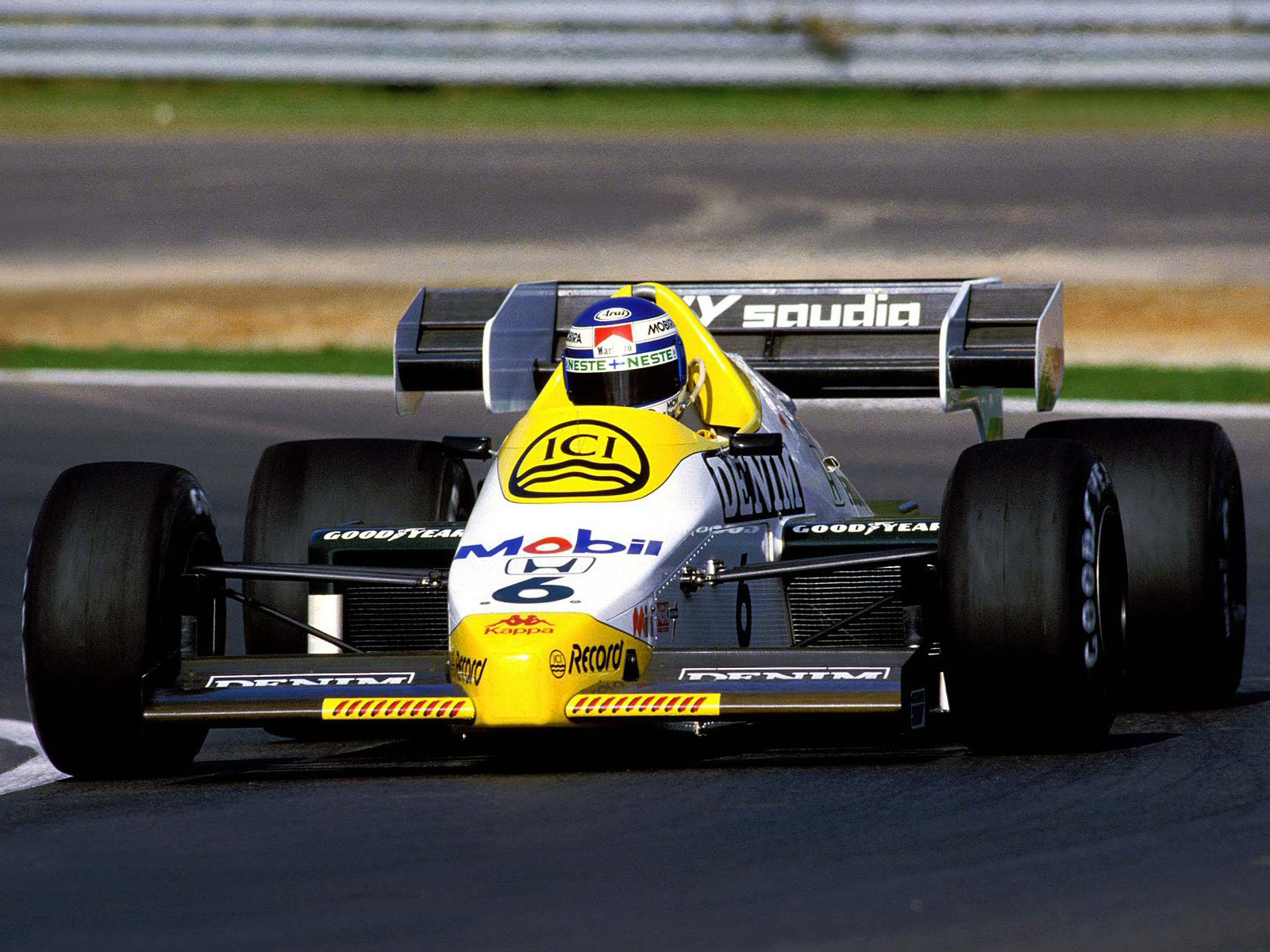 Small Size Car Wallpapers 1984 Williams Fw09b Formula One F 1 Race Racing G