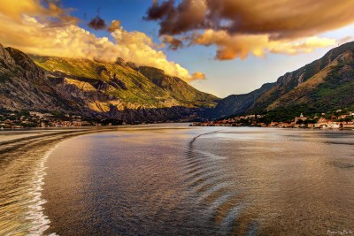 Montenegro Sea Mountains Coast Cities Nature wallpaper | 2600x1736 | 210805 | WallpaperUP
