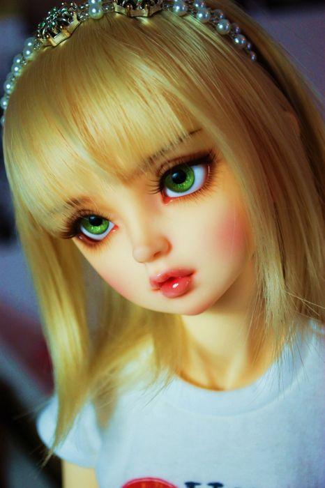 Sweet Girl And Boy Hd Wallpaper Doll Blonde Green Eyes Toys Beautiful Wallpaper