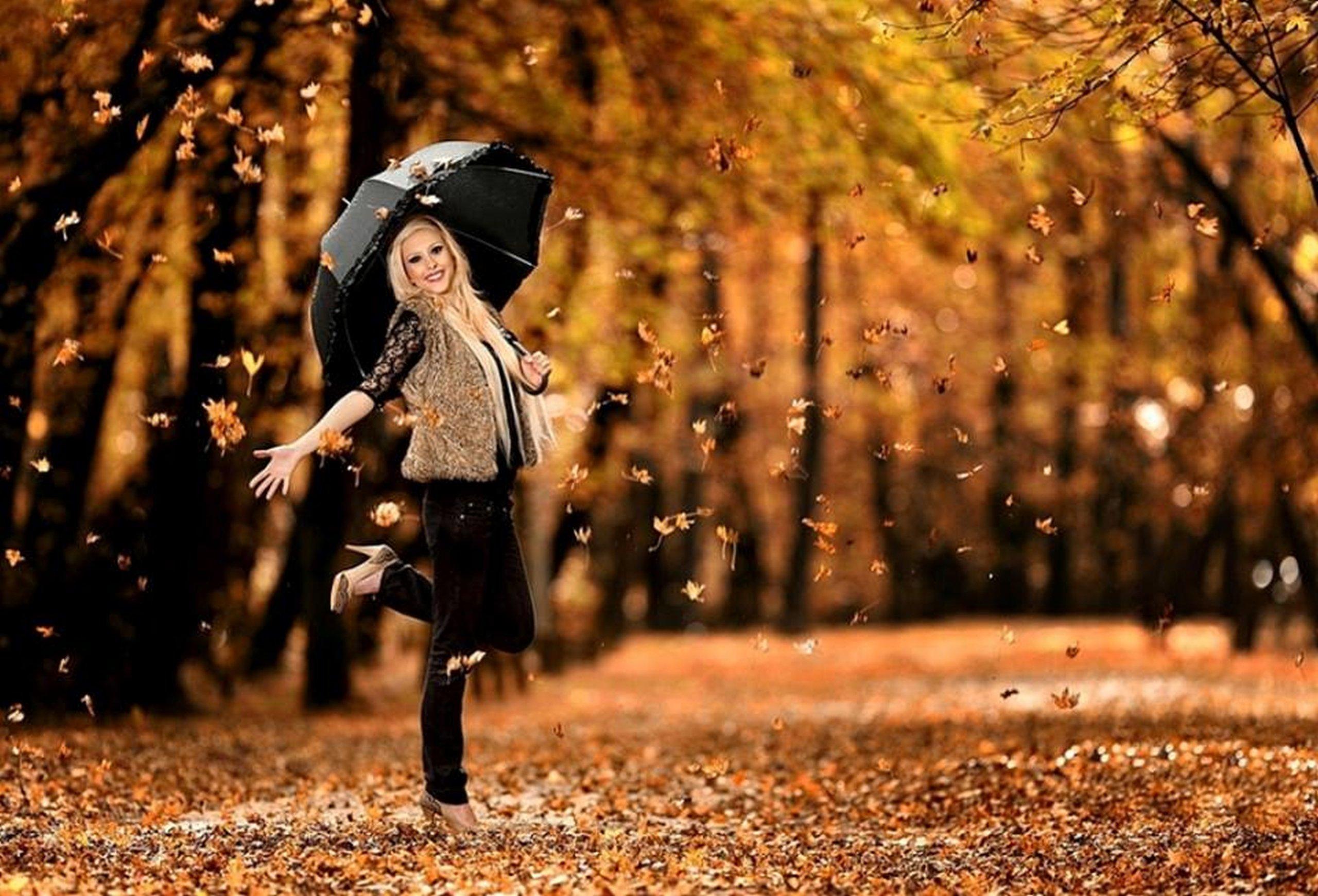 Fall Leaves Dancing Wallpaper Leaves Hair Orange Lady Beauty Girl Park Autumn Wallpaper
