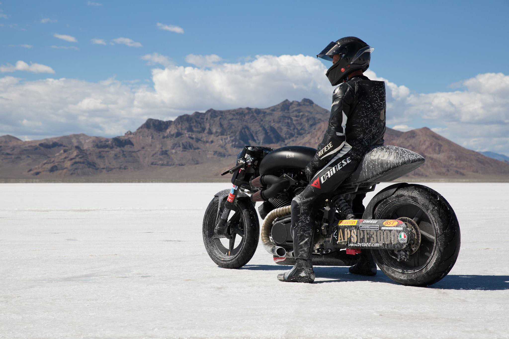 Superbike Girl Wallpaper Confederate Motorcycle Superbike Custom Bike Motorbike