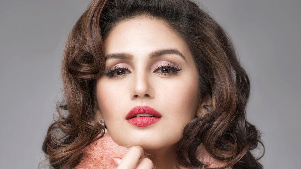 Cute Indian Actress Hd Wallpapers Huma Qureshi Bollywood Actress Model Girl Beautiful