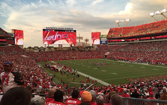 Raymond James Stadium to host the 2017 College Football Playoff National Championship   Walter P ...