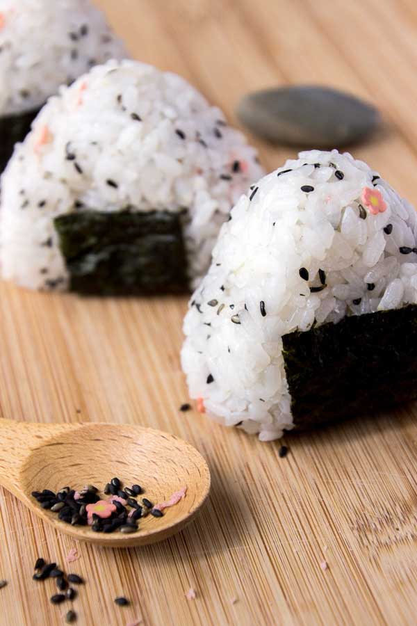 how to make onigiri without seaweed