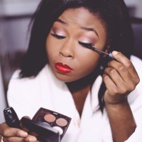 CHOOSING THE RIGHT MASCARA TO BLEND WITH YOUR FALSE LASHES