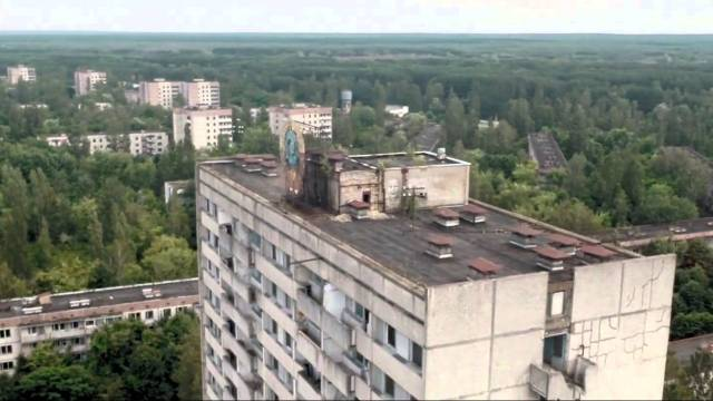 Tchernobyl : The ghost town filmed by a drone (1080p).