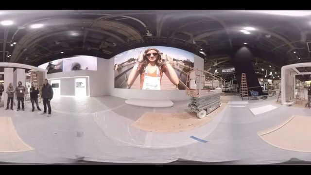 CES 2016: Go behind the scenes in 360 degrees