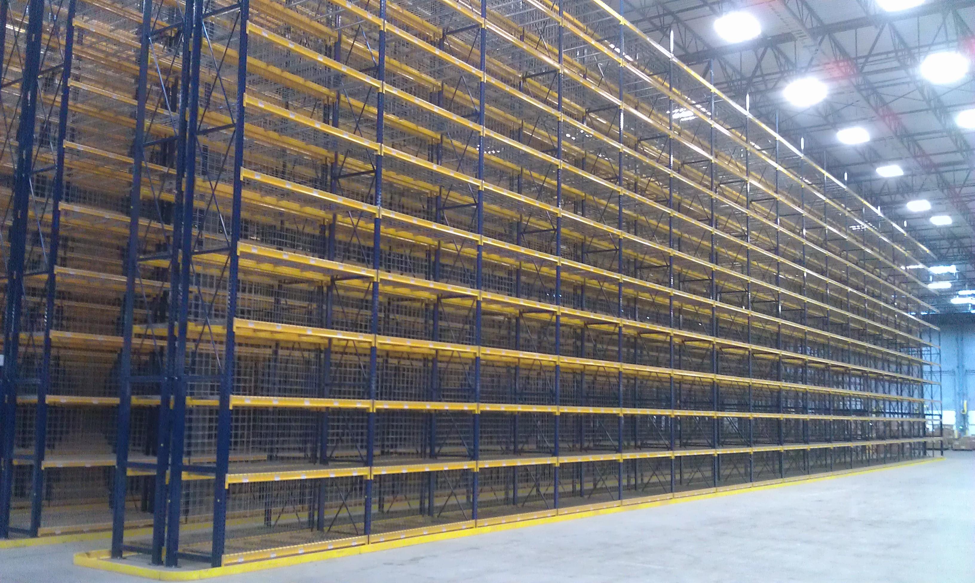Selective pallet racks warehouse design for Storage bay
