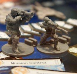 XCOM-boardgame-soldiers-3