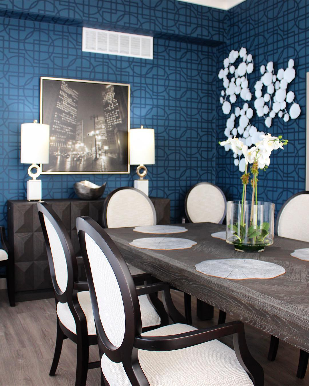 Senior Living Dining Room Design Tips: Assisted and