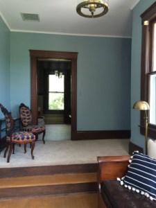 Groom's Sitting Area