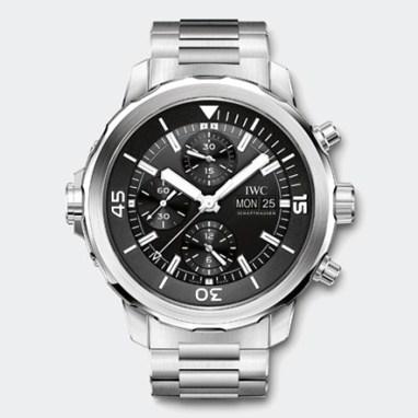 L'Aquatimer Chronographe de IWC, cadran argenté et bracelet acier