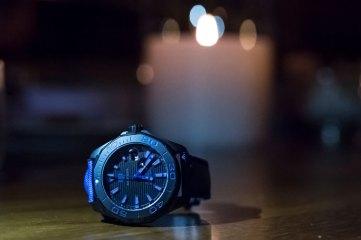 Tag Heuer Aquaracer 300M Black Titanium ambiance