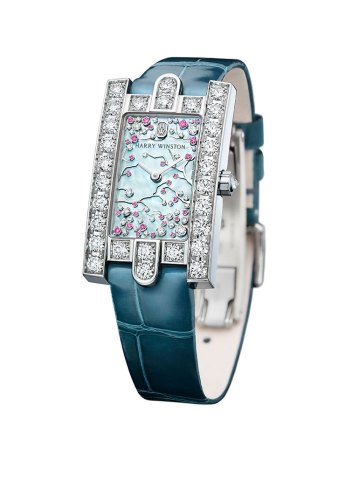 Harry Winston The Avenue Collection: Avenue Classic Cherry Blossom - Front View - Bracelet sur blanc