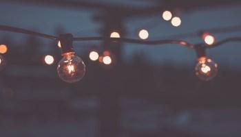 light-bulbs-photography-hd-wallpaper-1920x1080-3466