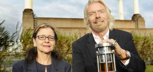Jennifer Holmgren van Lanzatech en Virgin-topman Richard Branson, via Virgin Atlantic