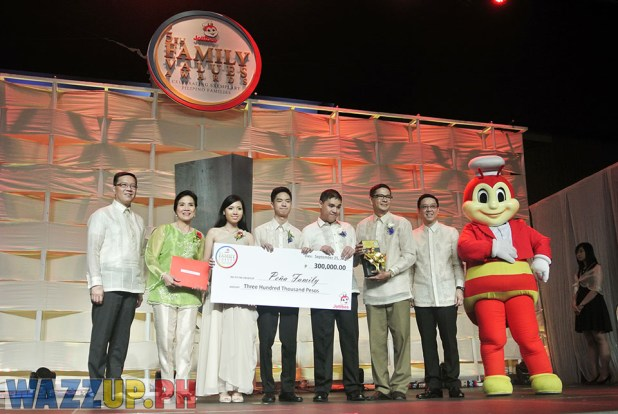 Jolibee 5th Family Values Award Philippines Joseph Tanbuntiong President Blog Blogger Duane Bacon Pena Autism