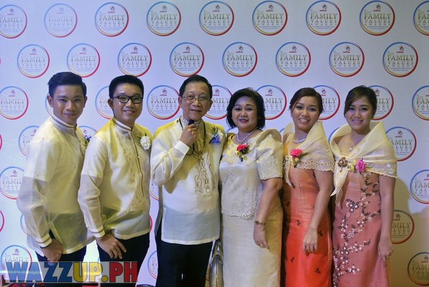 Jolibee 5th Family Values Award Philippines Joseph Tanbuntiong President Blog Blogger Duane Bacon Voice Cancer