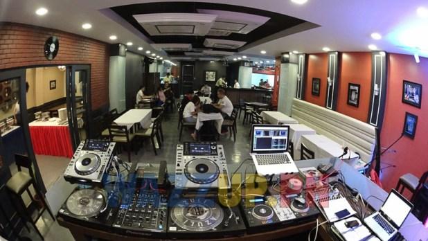 DJ Booth Reminisque Bistro Restaurant Bar Review-08883