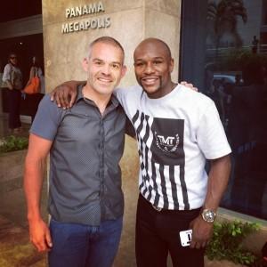 Floyd Mayweather está de visita en Panamá