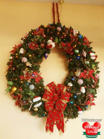 25 Days of Disney Christmas Day 22 - Christmas Decorations at - disney christmas decorations