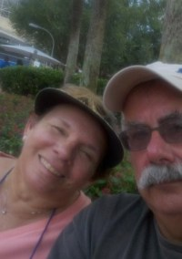 couple_epcot