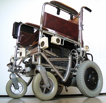 0Motorised-wheelchair-with-017.jpg