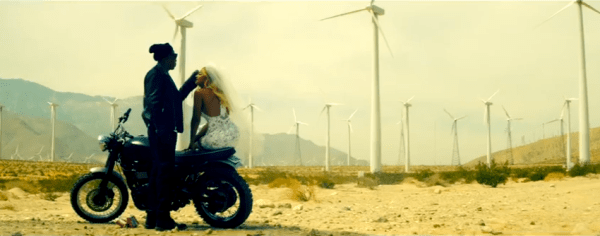 Jay Z - Beyonce - On The Run Trailer