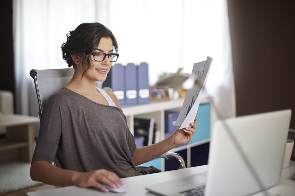 13 Work-from-home jobs for moms (and these are jobs that pay the bills!)