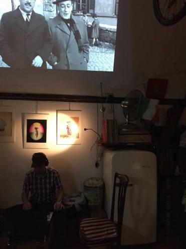 club-napels-italie-zwart-wit-film