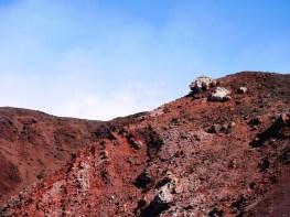 rode lava vulkaan etna sicilie