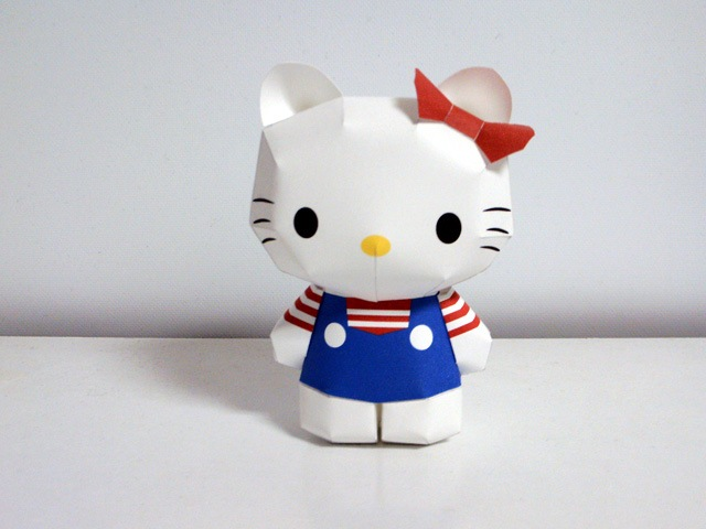 Hello-kitty-papercraft