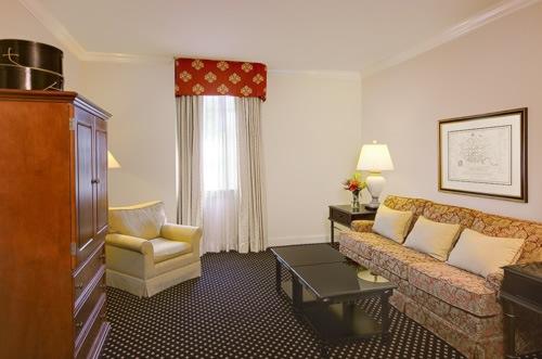 french-quarter-inn-hotel-06