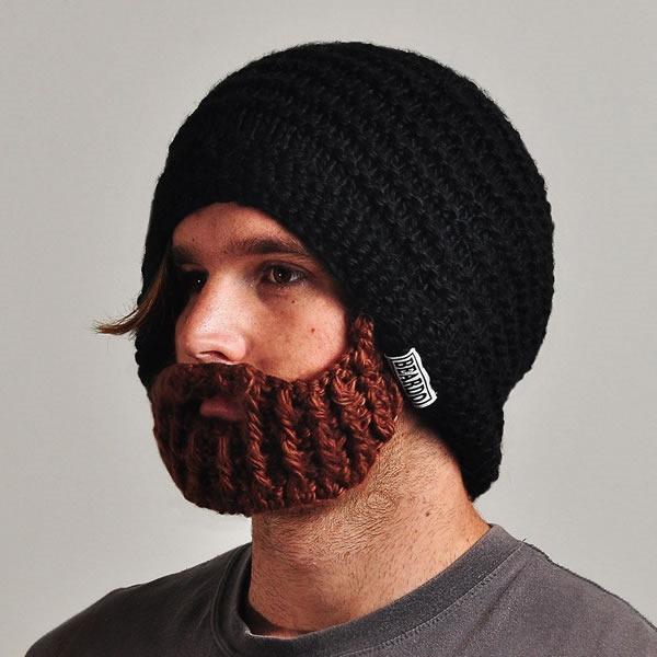 gorro abrigador con barba incorporada