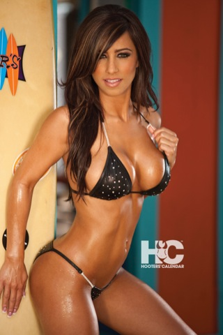 Daisy Iphone Wallpaper Hooters Calendar Girls 2011 Webos Nation