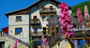 RS-hotel-charme-Andermatt-6781-exterieur-1