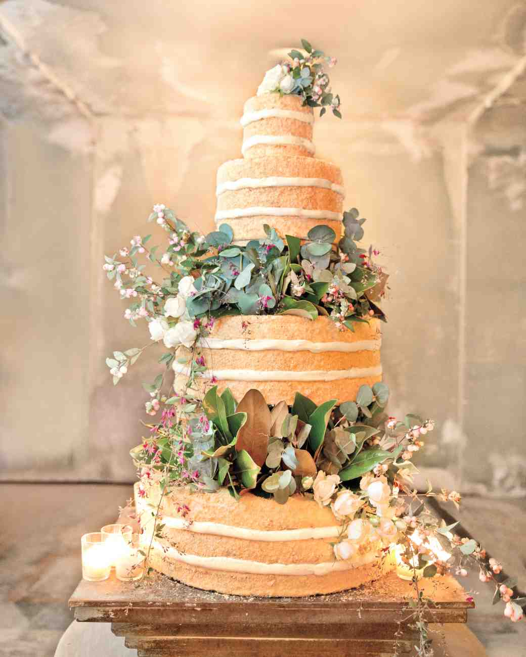 4 ways to save money on wedding cake cheap wedding cakes How to make a cheap wedding cake 02