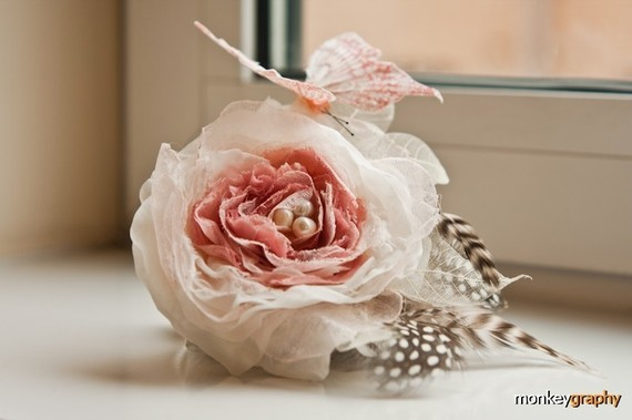 Beautiful Bridal Hair Fascinators for the Big Day