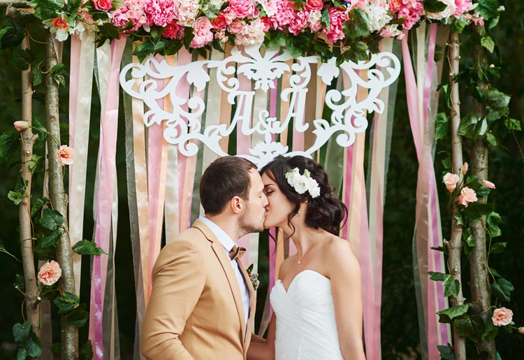 Real Brides, Real Thoughts Budget Weddings - Wedding for $1000