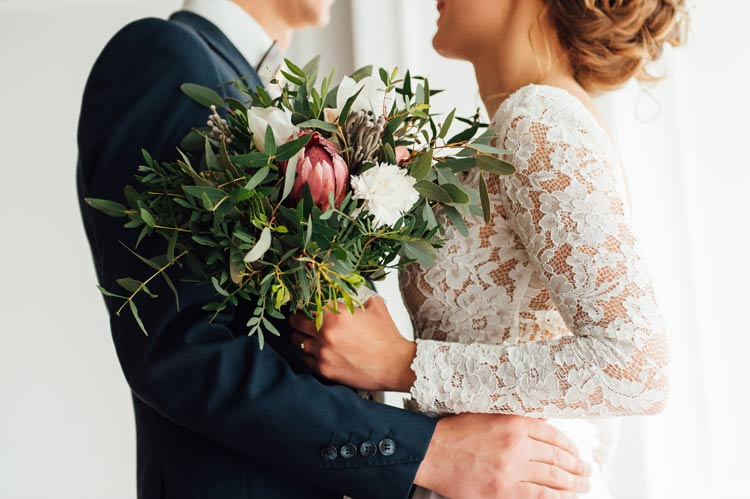 3 Tips to Find the Best Budget Wedding Flowers and Fantastic Wedding