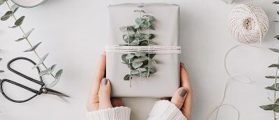 55 Bridal Shower Gifts And Etiquette Tips In 2019 ...