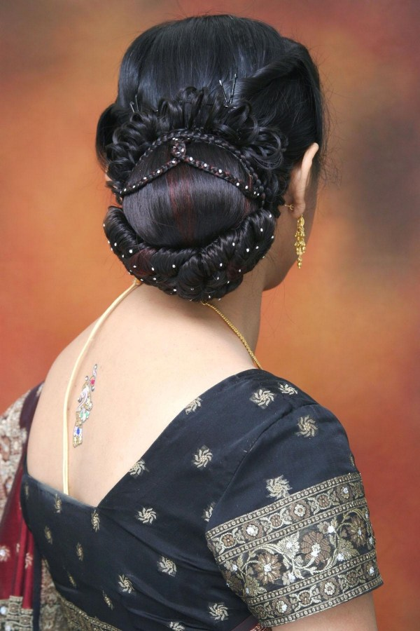 Shaadi Makeup . 1224 x 1836.Hairstyles For Kerala Women