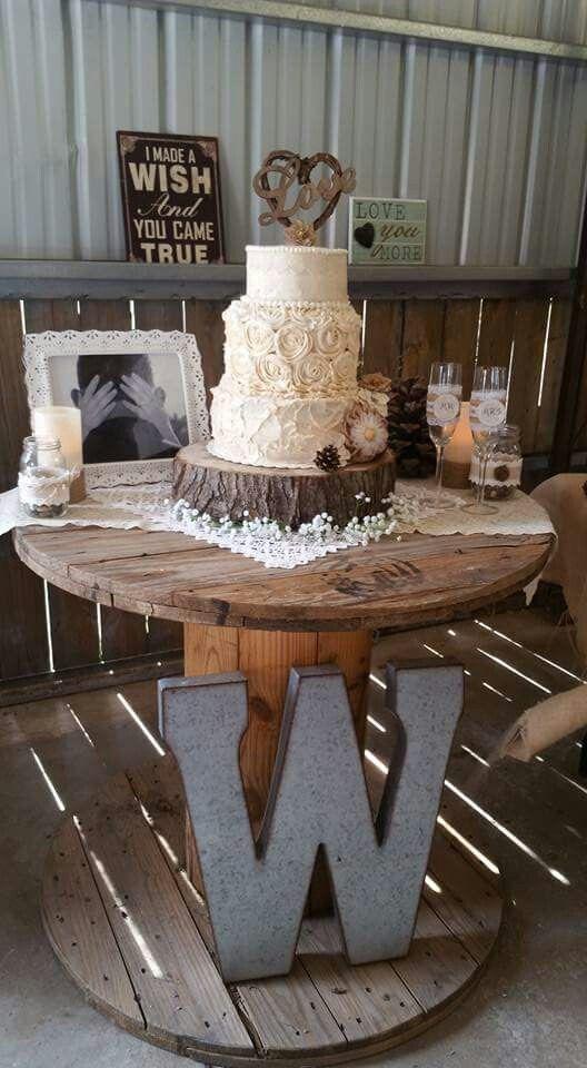 22 Rustic Backyard Wedding Decoration Ideas on A Budget